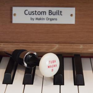Iconic wine bottle stopper No 2: Tuba Magna 8′