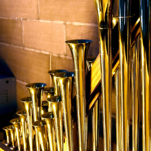 Iconic wine bottle stopper No 4: Trompette Militaire 8′